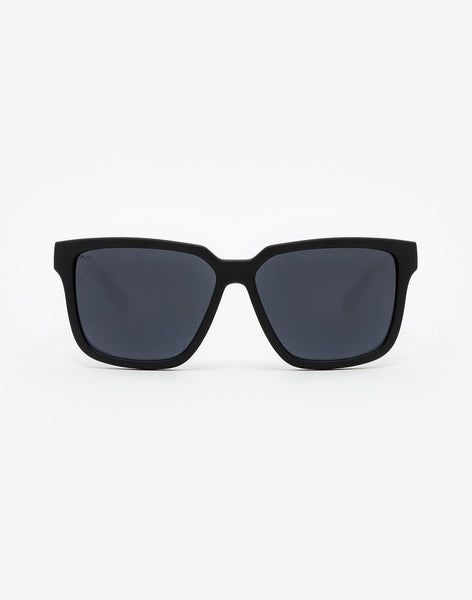 Polarized Carbon Black · Dark Motion