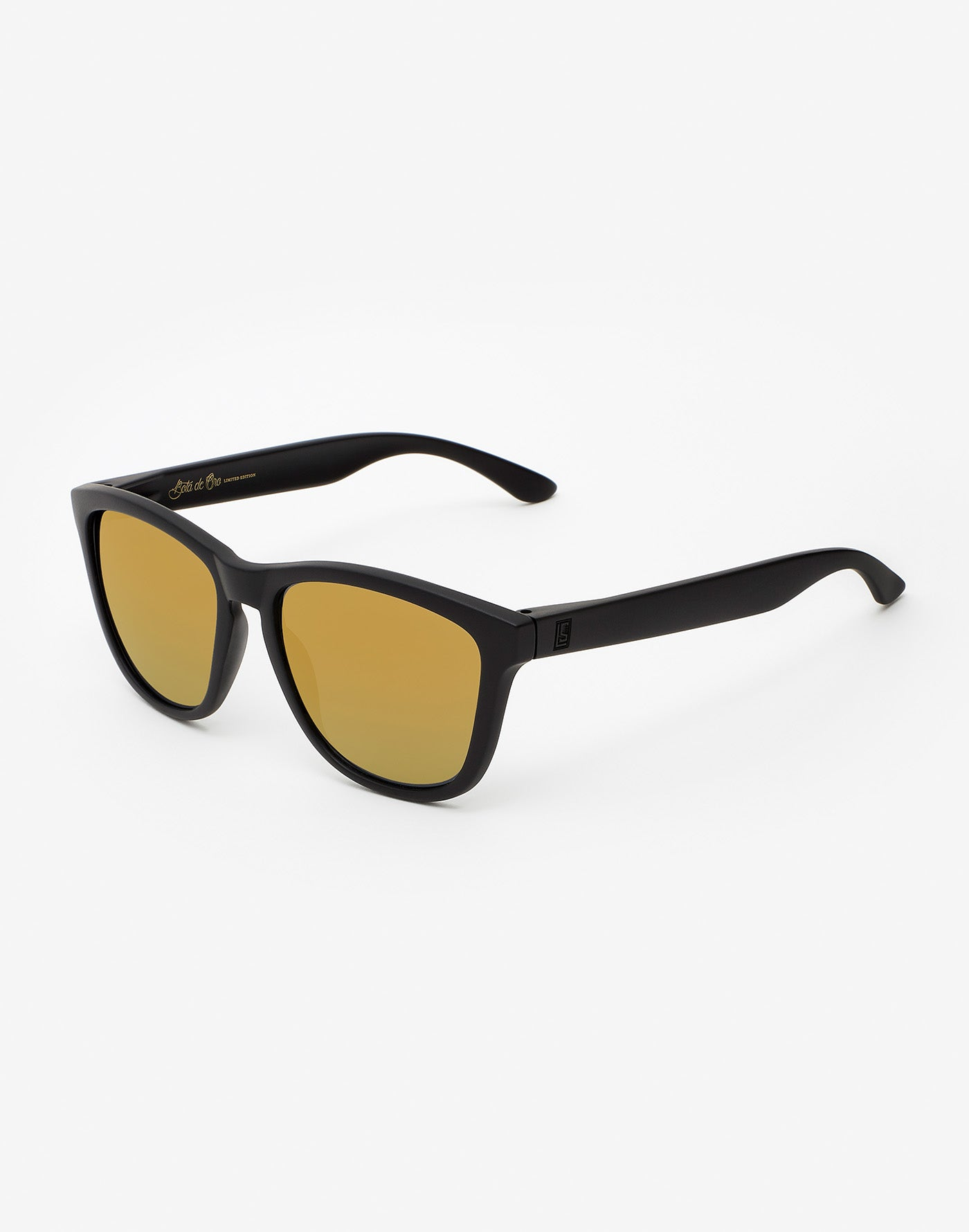 83d75805684 ₪ Sunglasses Hawkers x LUIS SUÁREZ ₪ GOLDEN BOOT ₪
