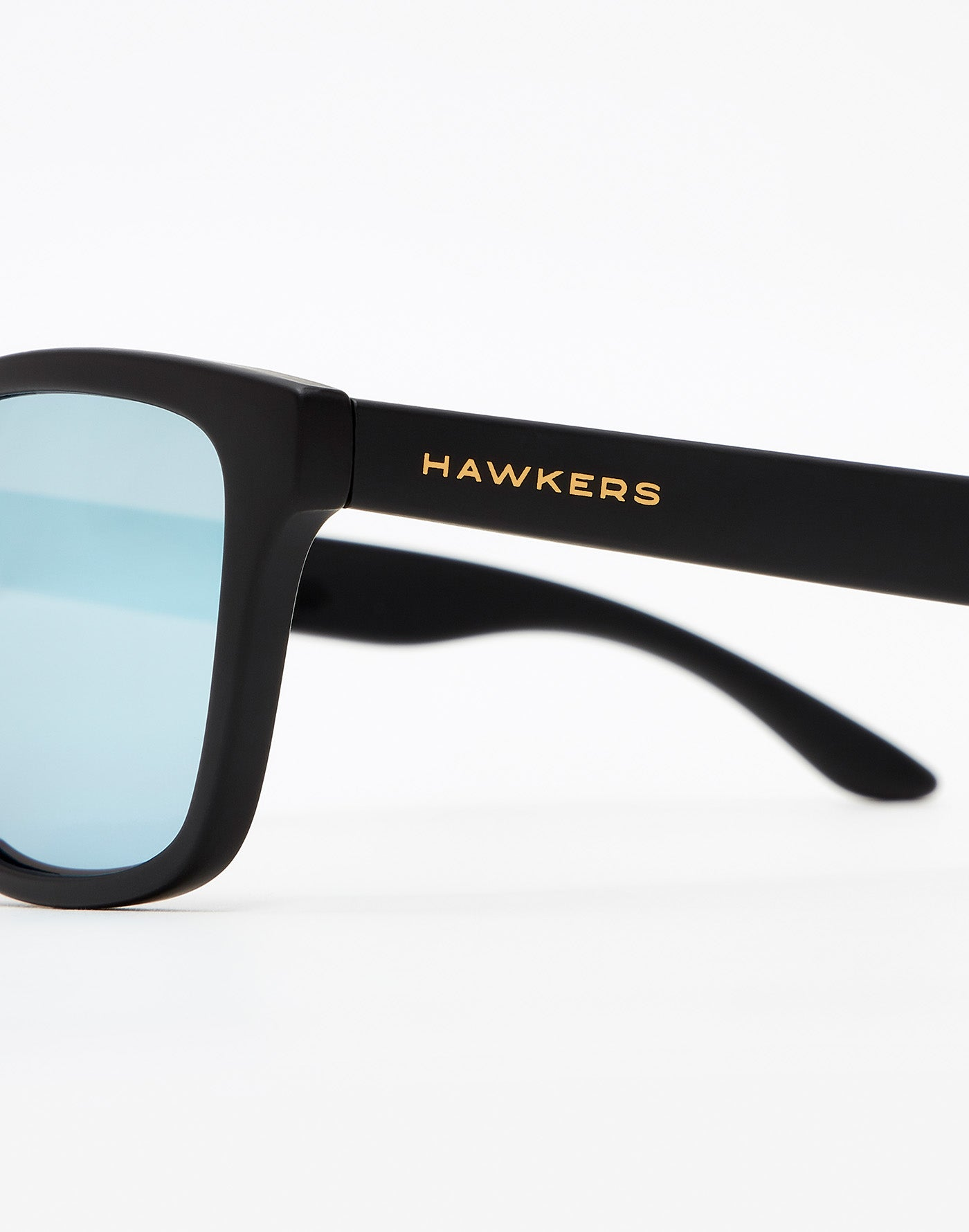Messi x Hawkers · Carbon Black Blue Chrome One Kids