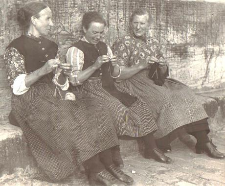 Women Knitting late 1800s