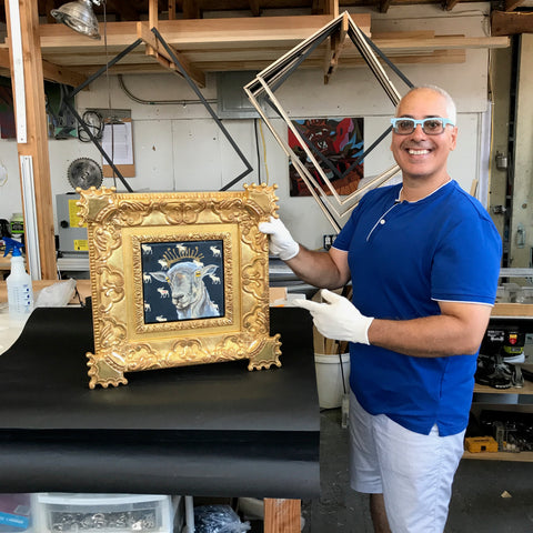 gold-picture-frames-in-tribeca