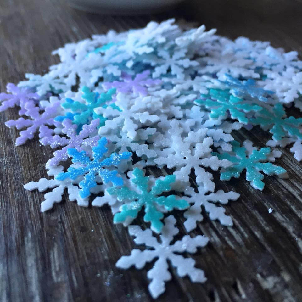 Edible Snowflakes Sprinkles Infused with Flash Dust Glitter for Food & Drinks