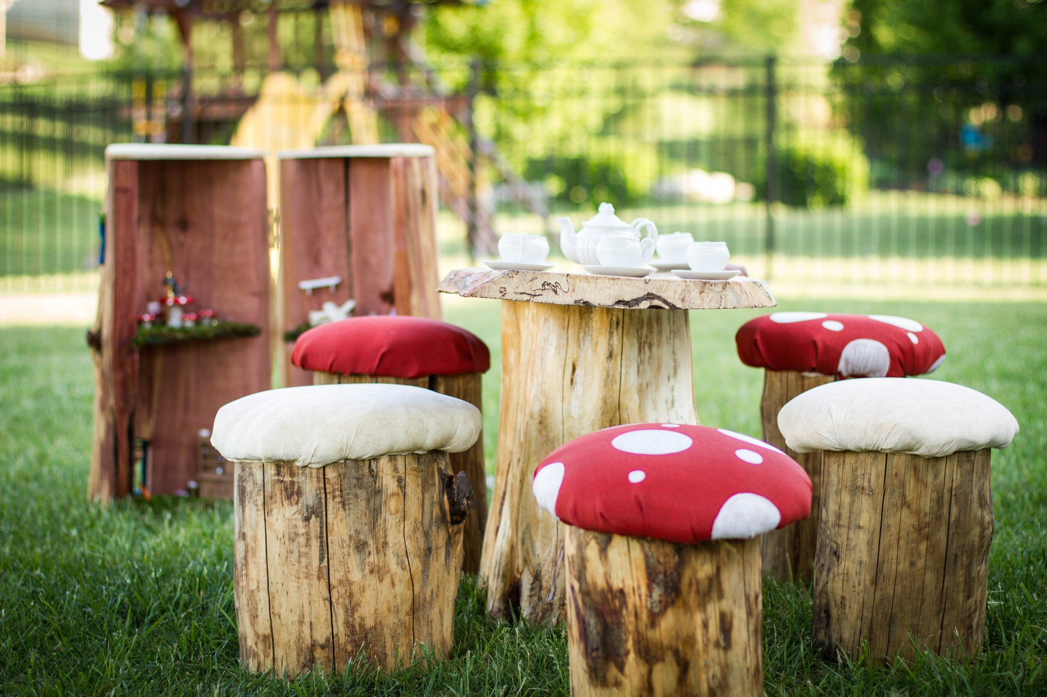 Real Tree Stump Toadstool Mushroom Stool Table And Chair Set Party   Never  Forgotten Designs
