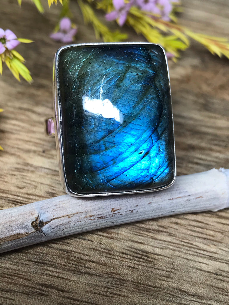 Labradorite Ring Size 10 - Magic & Protection