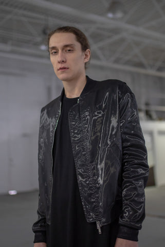 BLACK GLASS SILK SCAR BOMBER
