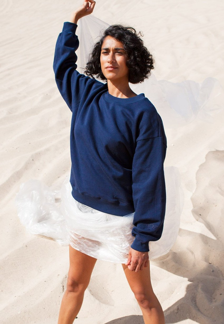 Moeon Studio Sweater Navy