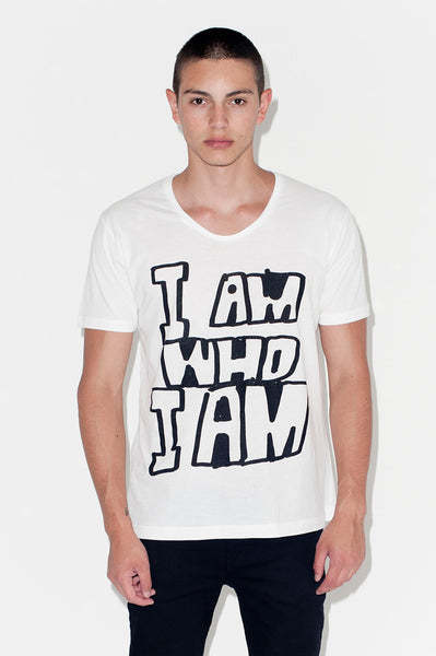 T-Shirt: I AM WHO I AM | Artist: Mother Eleganza - Streetwear - Ingmar Studio