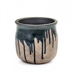 Dripping Black Pot