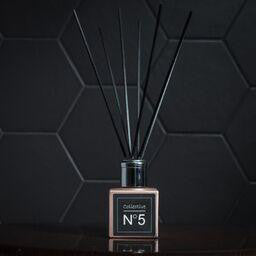 Collective No 5 reed diffuser Is an earthy spicy fragrance combining patchouli , frankincense and cardamom.