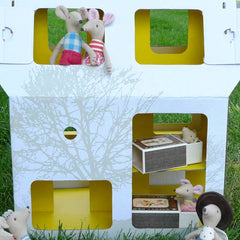 Mobilehome, Cardboard Doll House