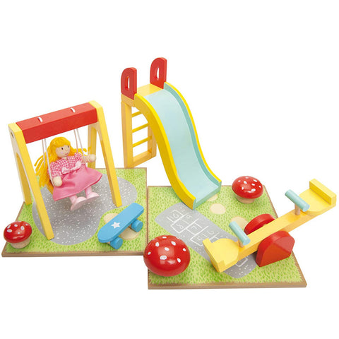 Le Toy Van Doll House Outdoor Playset