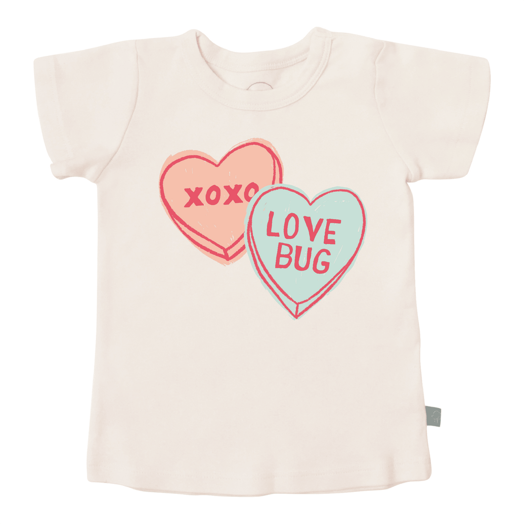 graphic tee | candy hearts