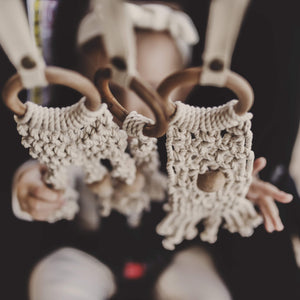 all-in-one toy | macrame mesh & bead