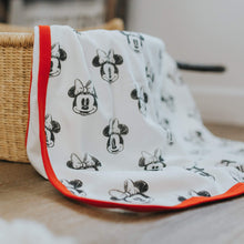 swaddle blanket | minnie