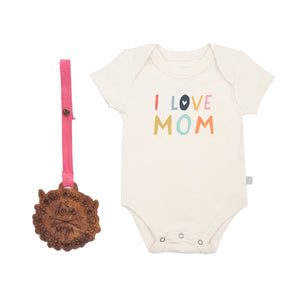 Baby holiday gift set | love mom finn + emma