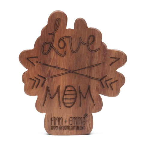 wood rattle teether [mom & dad]