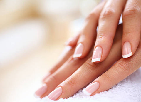 6 tips for nails that won't split, chip or break, weak nails.