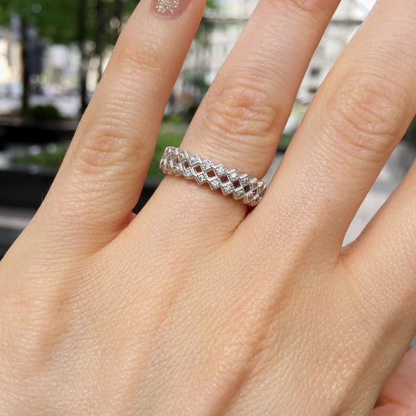 Mia Eternity Ring