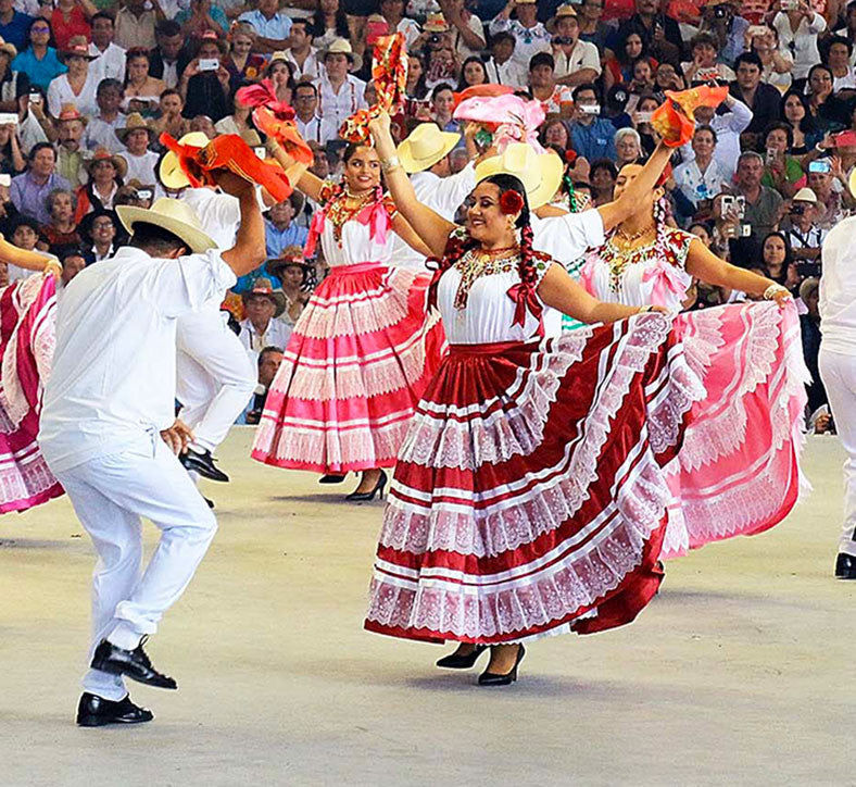 Oaxacan Traditional Dancers