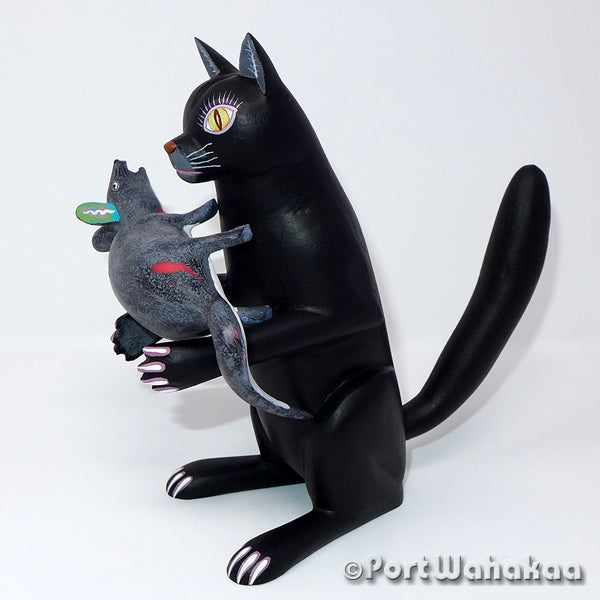 Black Cat Mouse Catcher Oaxacan Carving Artist - Avelino Perez Port Wahakaa Cat, Gato, La Union, mouse, Rata