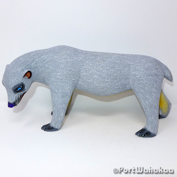Ice Flow Polar Bear Oaxacan Carving Artist - Eleazar Morales Port Wahakaa Bear, Oso, Polar Bear