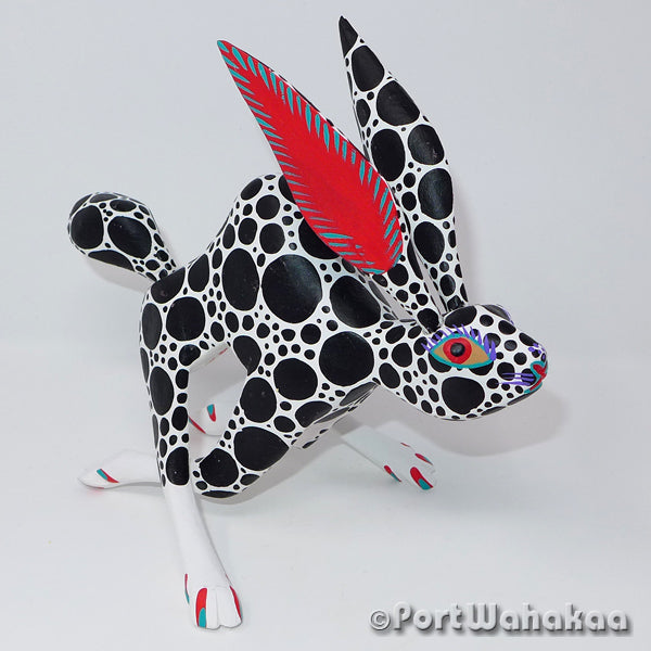 Run Rabbit Run Oaxacan Carving Artist - Antonio Carrillo Port Wahakaa Arrazola, Carving Medium Large, Conejo, Rabbit