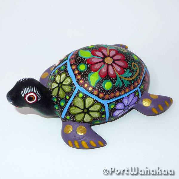 Splashy Sea Tortuga Oaxacan Carving Artist - Jose Olivera Port Wahakaa Carving Small, San Martin Tilcajete, Tortuga, Turtle