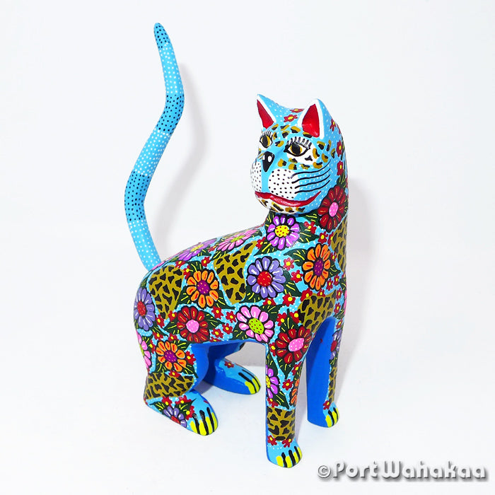 Cornflower Cat Oaxacan Carving Artist - Candido Perez Port Wahakaa
