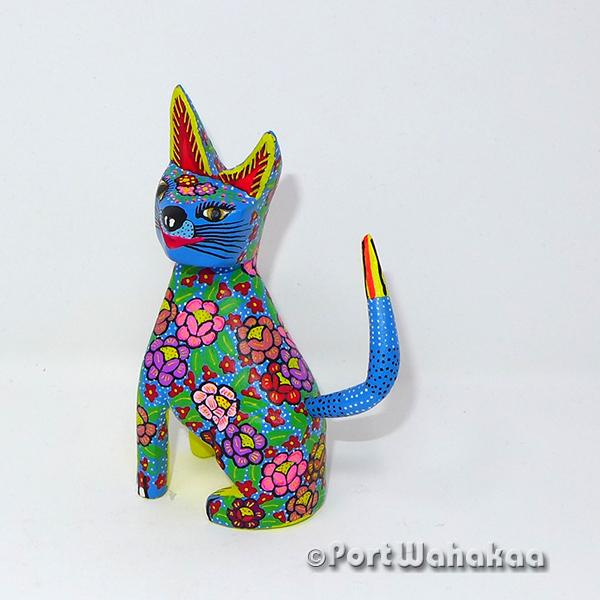Calyx Gato - Oaxaca Wood Carving Alebrijes Animal Mexican Copal