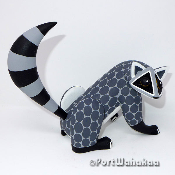 Bauhaus Raccoon Artist - Arial Playas Port Wahakaa Oaxacan Carving Mexico Folk Art