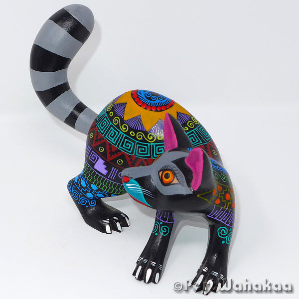 Obsidian Mapache Oaxacan Carving Artist - Margarito Rodriguez Port Wahakaa Arrazola, Carving Medium, mapache, Raccoon