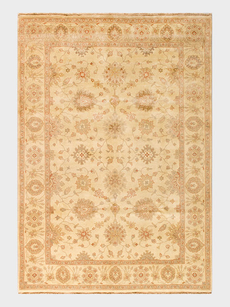 Beata Indian Hand Knotted Oriental Rugs In Almond And Pale Amber   Size  7u0027x10