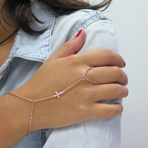 Cross Hand Chain