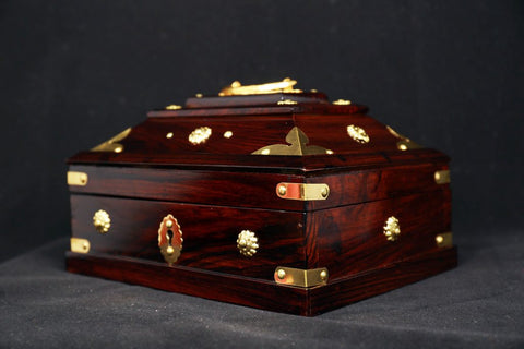 Amada Petti (Amadapetti) / Nettoor Petti - The Traditional Jewelry Box Of Kerala - Buy Online