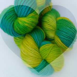 Yarn of the Month: Klaxon
