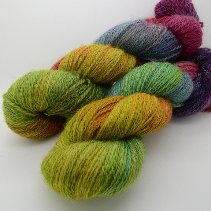"How to ""read"" hand dyed yarn online"