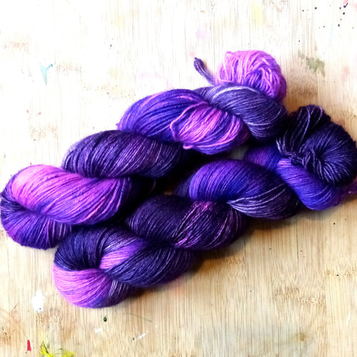 StormRun - Poppy 4ply - British Bluefaced Leicester