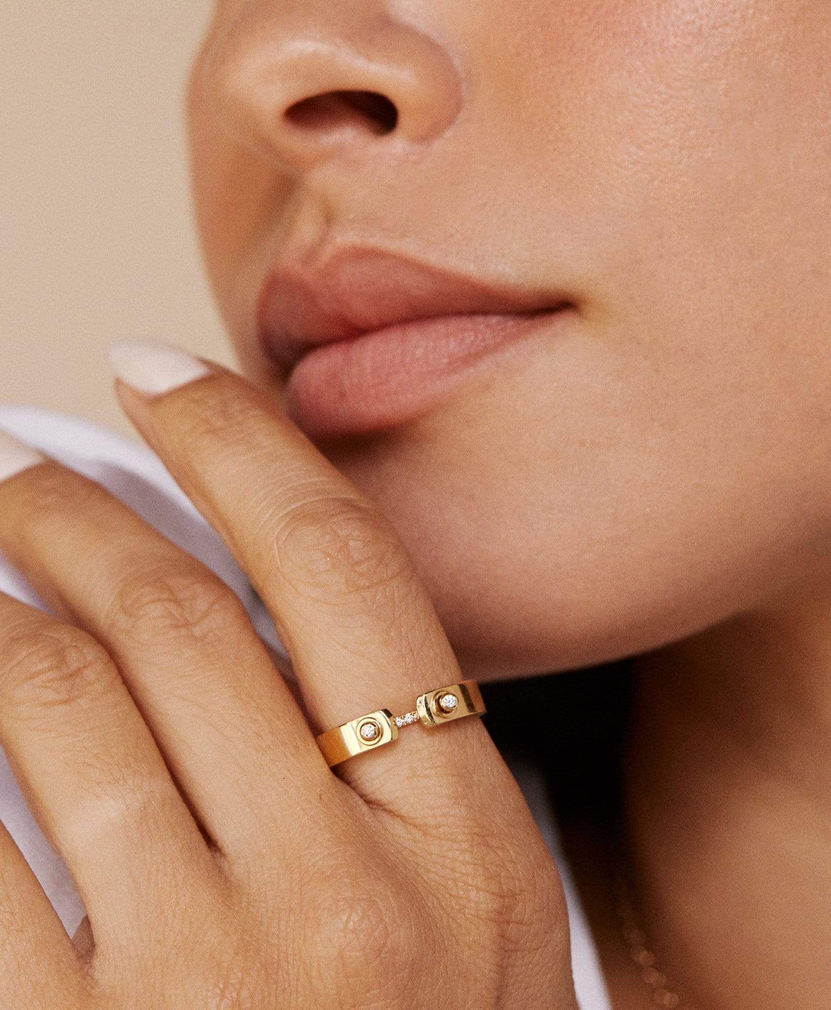 Business Meeting Mood Ring: Discover Luxury Fine Jewelry | Nouvel Heritage