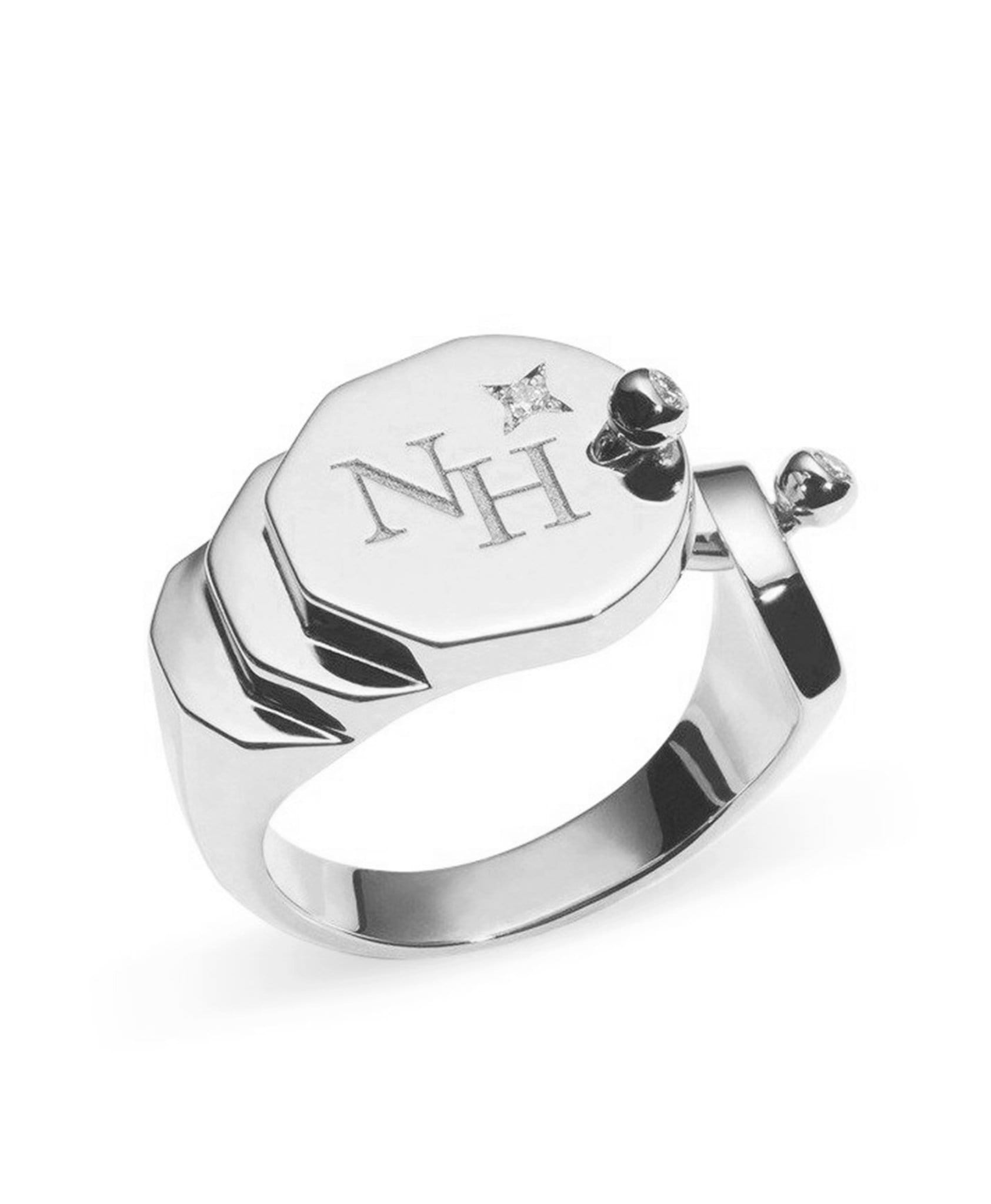 Gold Signet Ring: Discover Luxury Fine Jewelry | Nouvel Heritage || White Gold