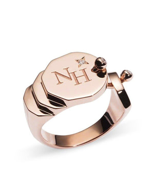 Gold Signet Ring - Nouvel Heritage