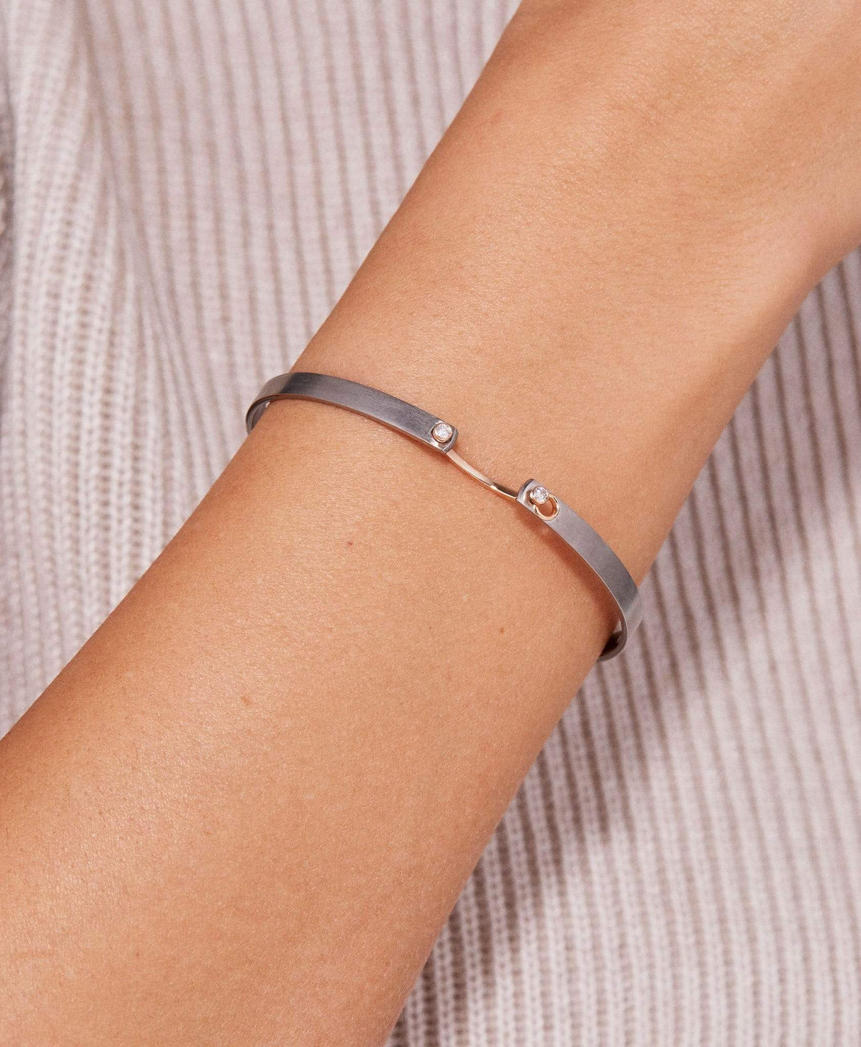 Hers Titanium Mood Bangle: Discover Luxury Fine Jewelry | Nouvel Heritage || White Gold