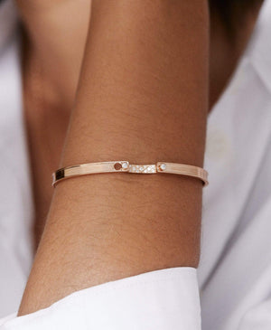 Parisian Stroll Mood Bangle: Discover Luxury Fine Jewelry | Nouvel Heritage