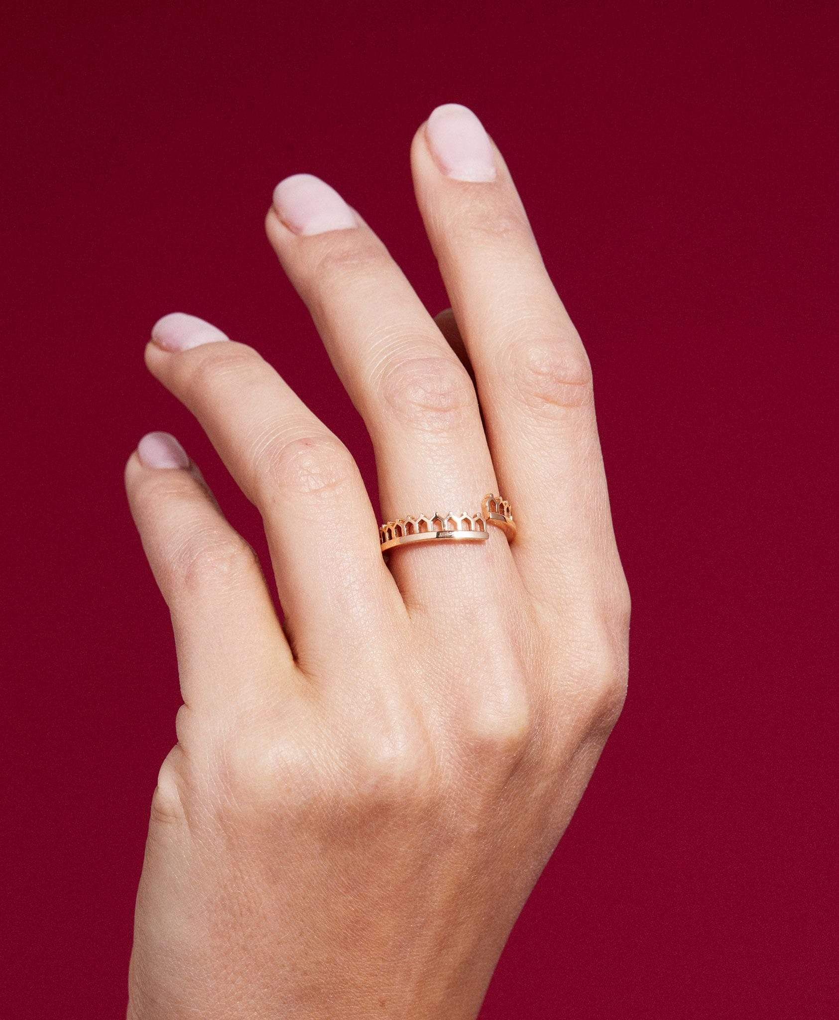 Simple Lace Gold Ring: Discover Luxury Fine Jewelry | Nouvel Heritage