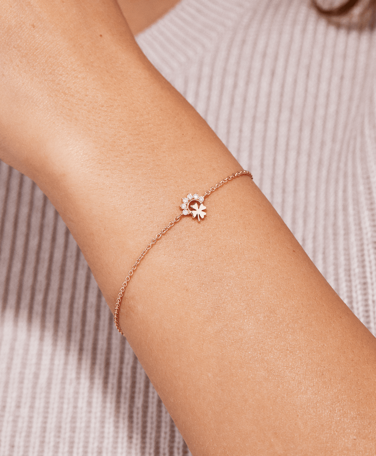 Small Luck Bracelet: Discover Luxury Fine Jewelry | Nouvel Heritage || Yellow Gold