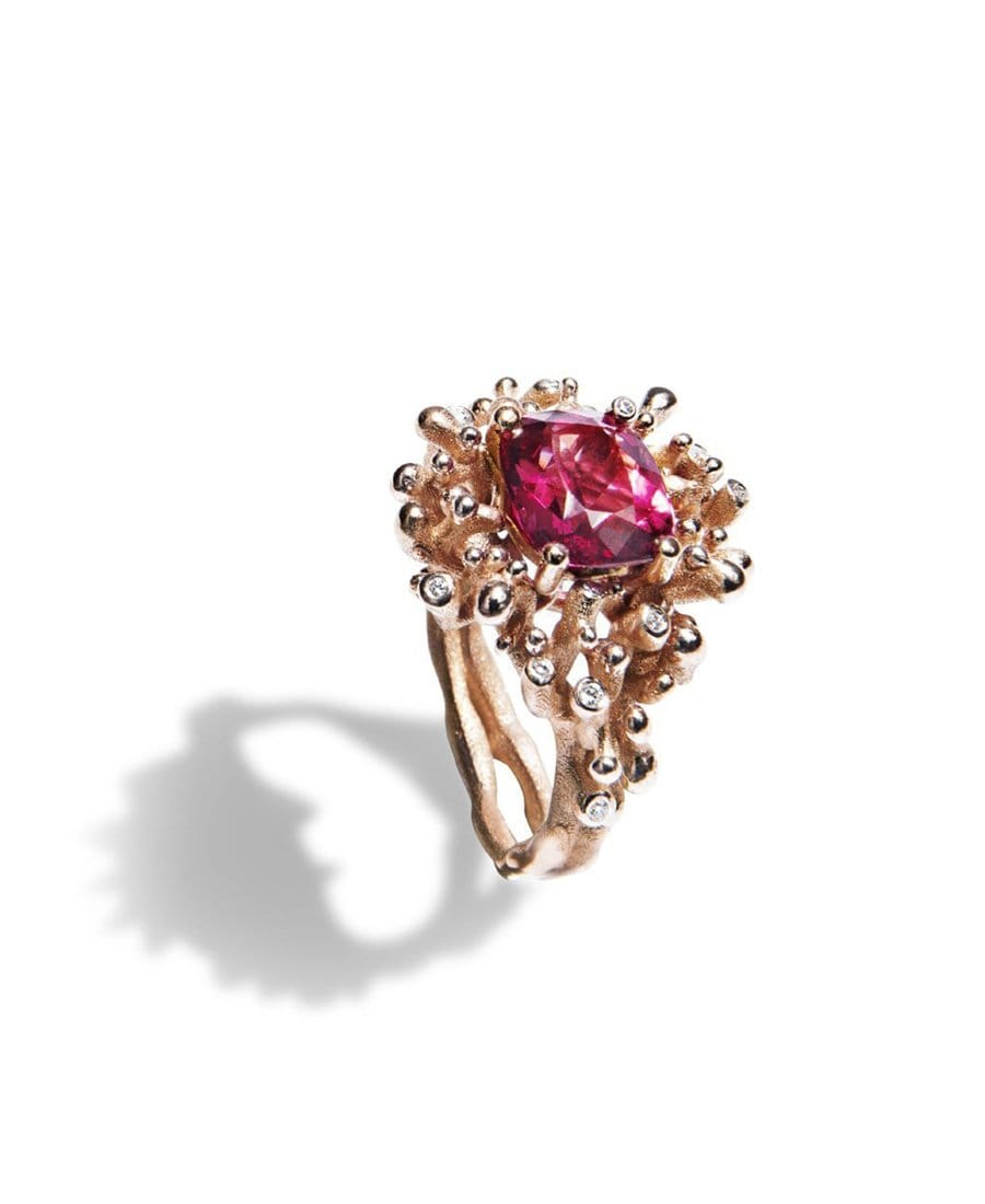 Spinel Coral Ring - Nouvel Heritage