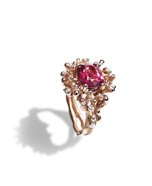 Spinel Coral Ring: Discover Luxury Fine Jewelry | Nouvel Heritage