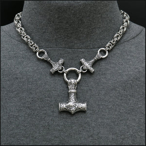 Pride of Thor Pectoral Necklace with 3 Mjolnirs and Thick 9mm Chainmaille Chain