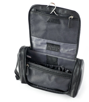 Osgoode Marley Hanging Travel Kit Black