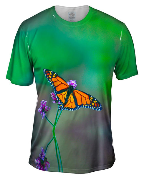 Pretty Monarch Butterfly Mens T-Shirt