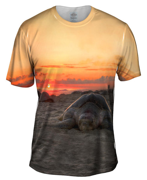 Nesting Mexico Turtle Sunset Mens T-Shirt